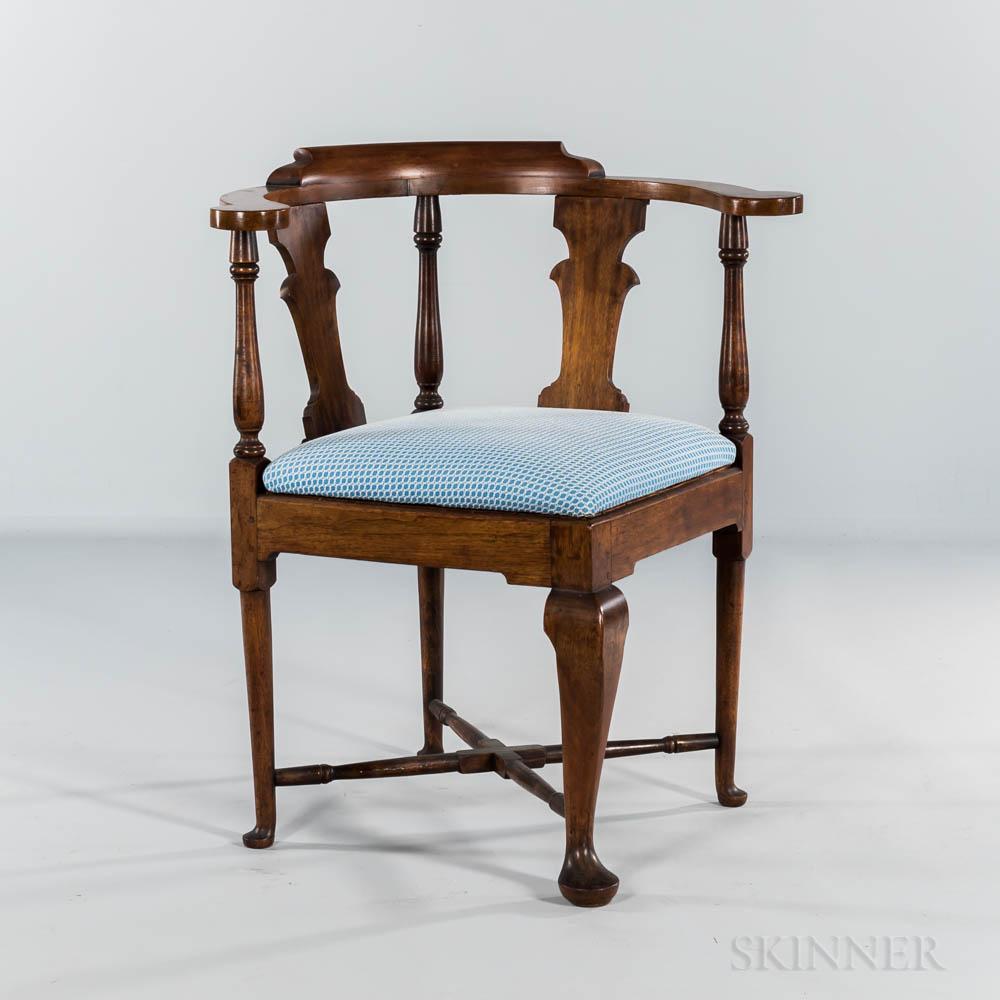 Queen Anne Walnut Corner Chair