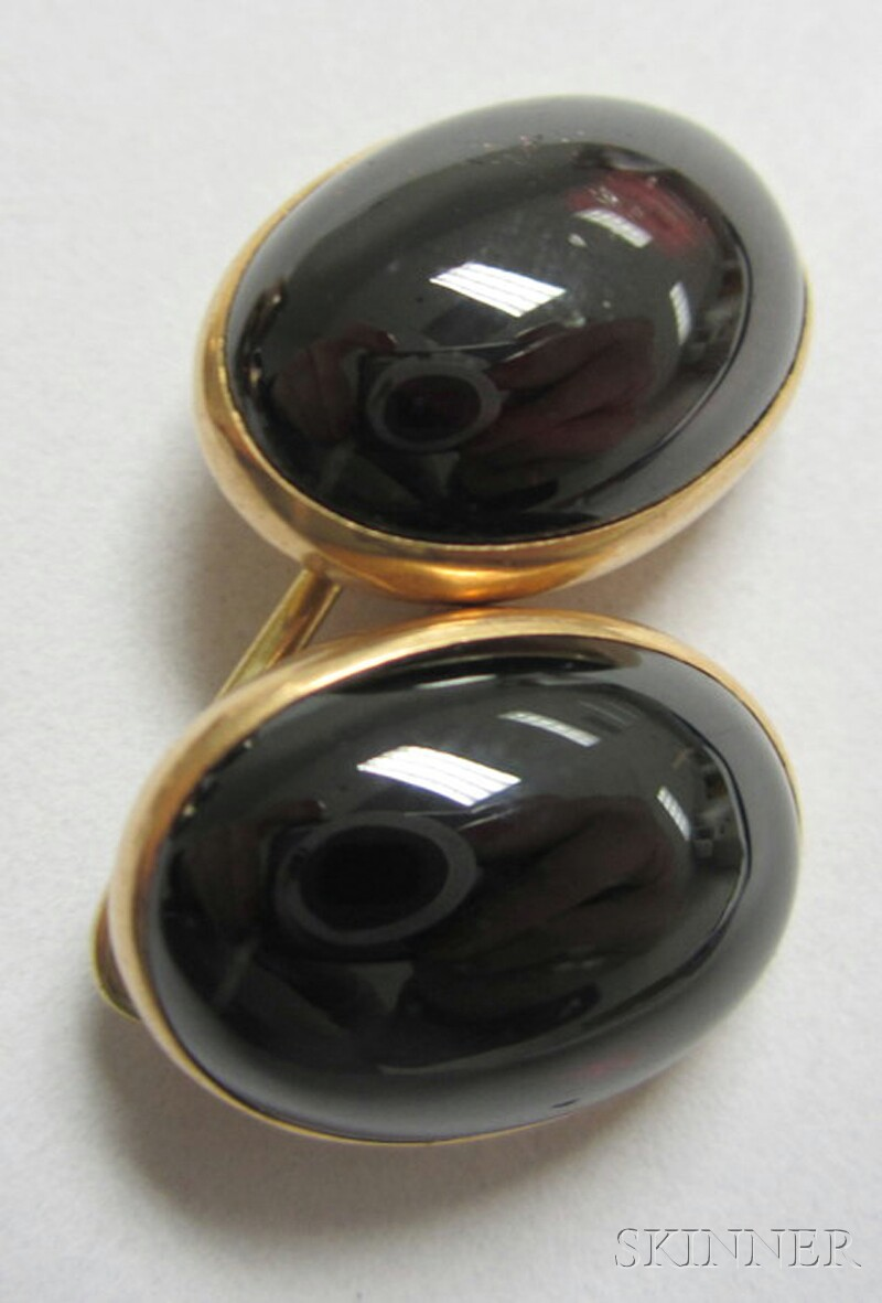 Pair of 14kt Gold and Cabochon Garnet Cuff Links