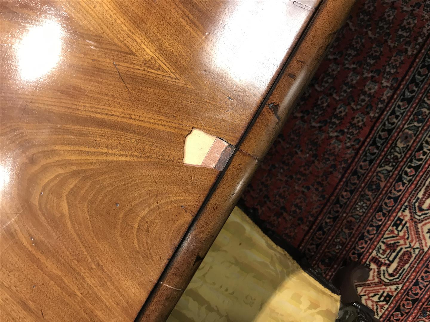 Regency Mahogany Veneered Extension Dining Table