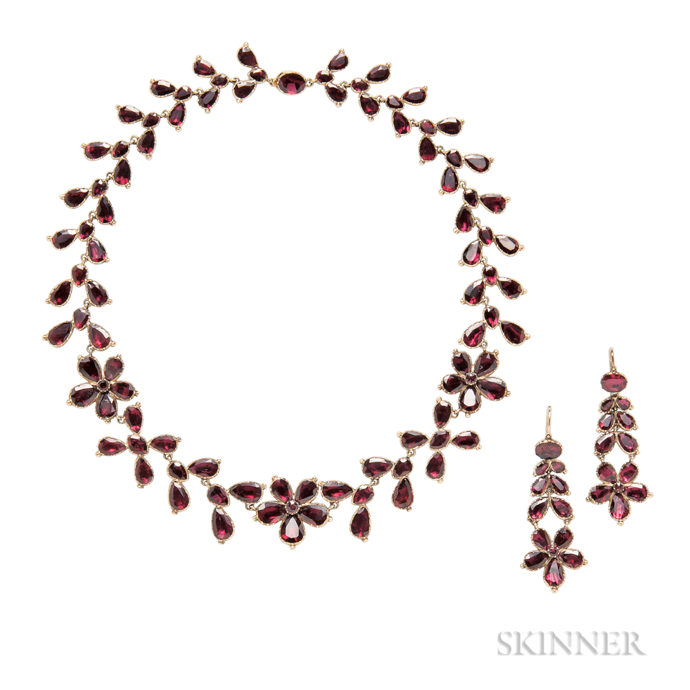 Georgian Gold and Garnet Necklace