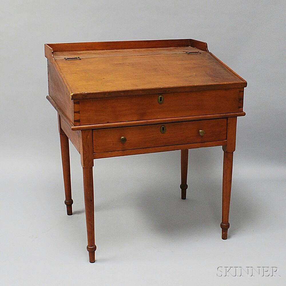 Pine Lift-top Schoolmaster's Desk