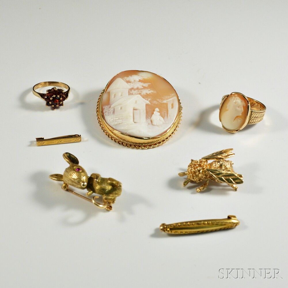 Group of Assorted Gold Jewelry