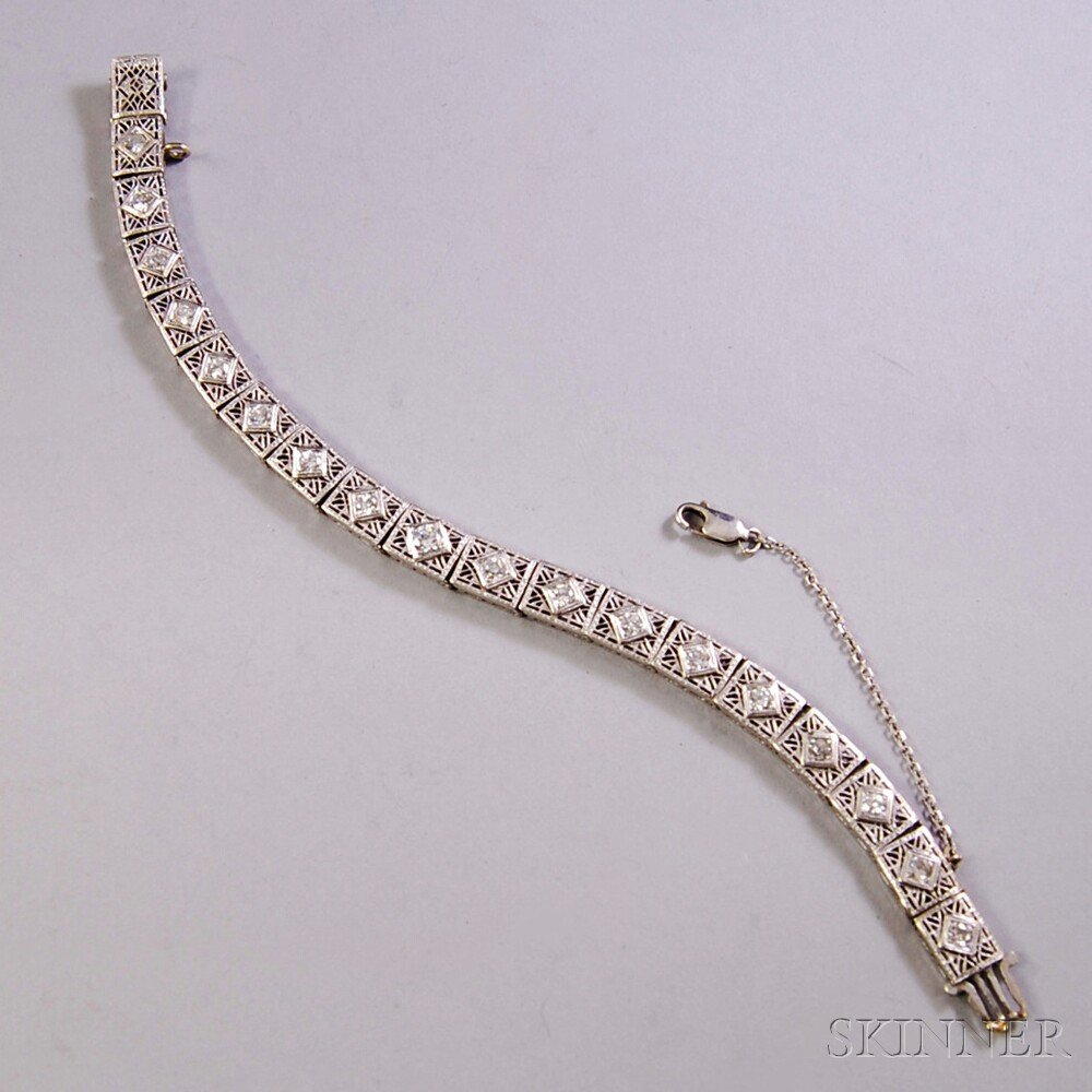 Platinum, 14kt White Gold, and Diamond Bracelet