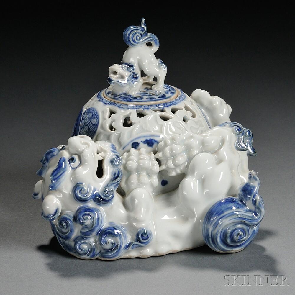 Hirado Blue and White Censer