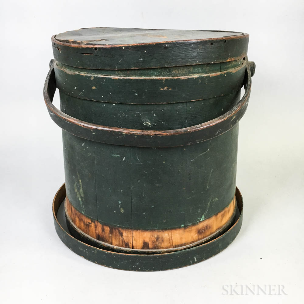 Green-painted Stave-constructed Bucket