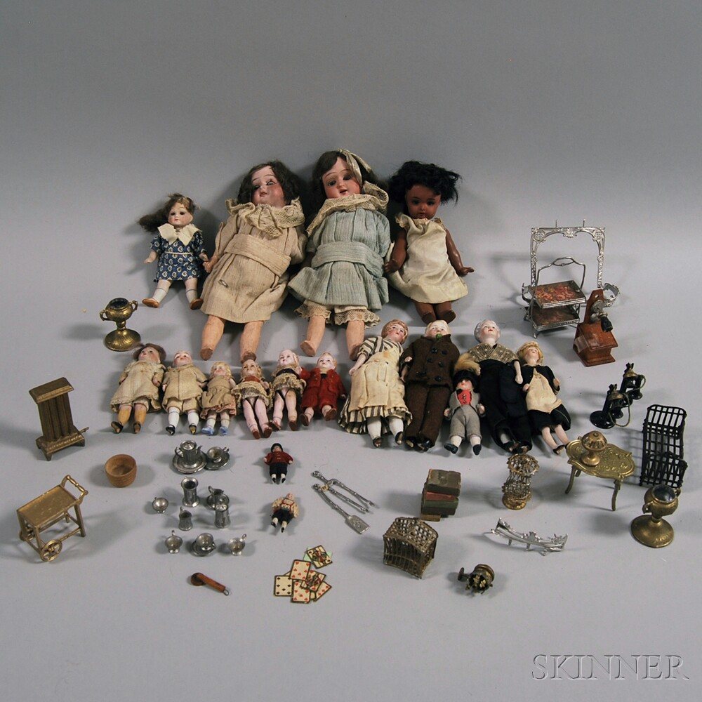 Group of Assorted Small Dolls and Dollhouse Furnishings
