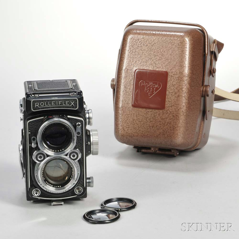 Rolleiflex 2.8C TLR Camera in Tropical Case,
