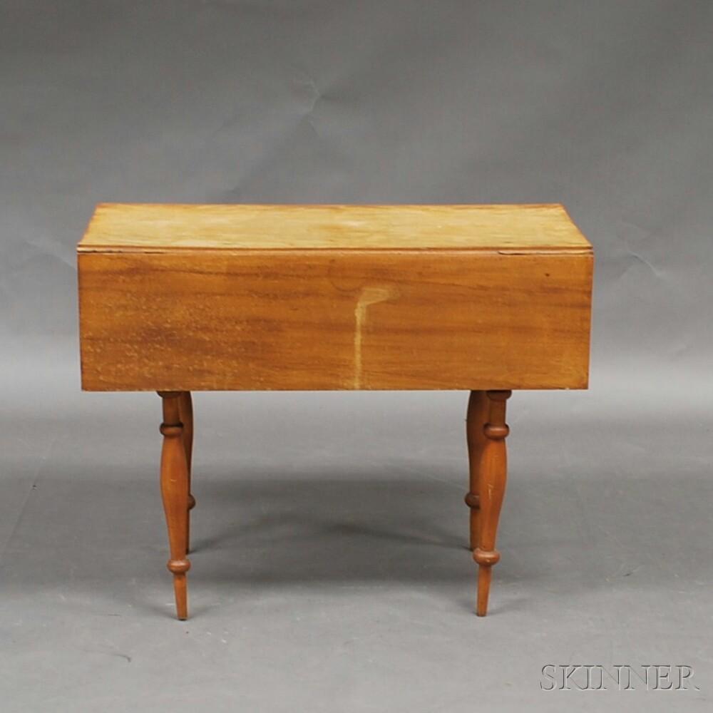 Federal Maple Drop-leaf Table