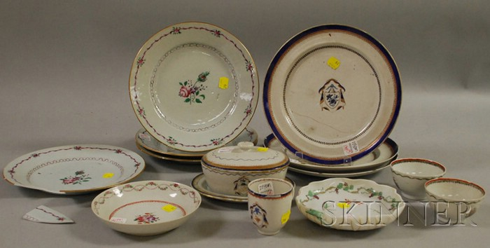 Fifteen Pieces of Assorted Chinese Export Porcelain Tableware