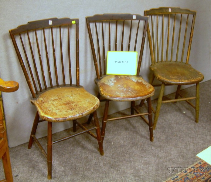 Six Windsor Painted Step-down Rod-back Side Chairs