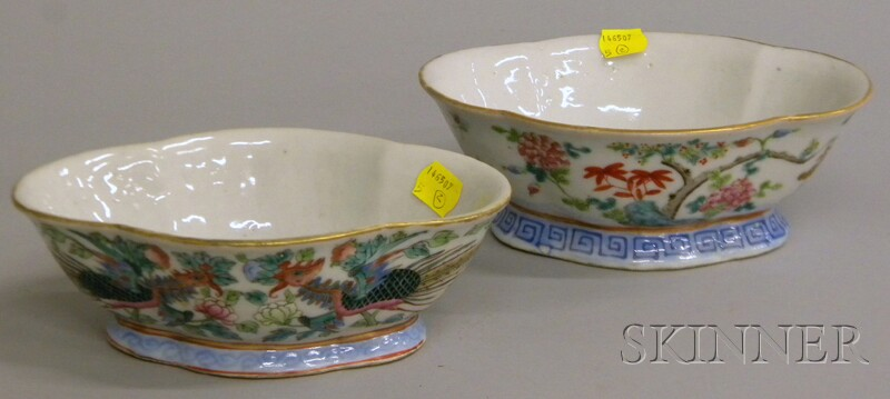 Two Chinese Famille Rose Enamel-decorated Shaped Porcelain Footed Bowls