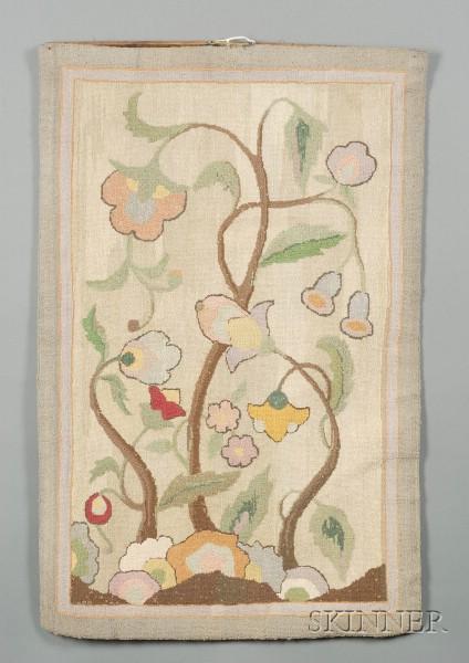 Art Deco Floral Pattern Hooked Rug