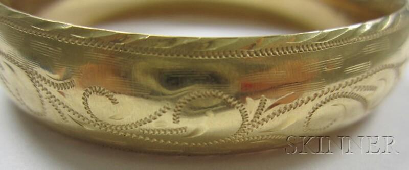 Engraved 14kt Gold Hinged Bangle Bracelet