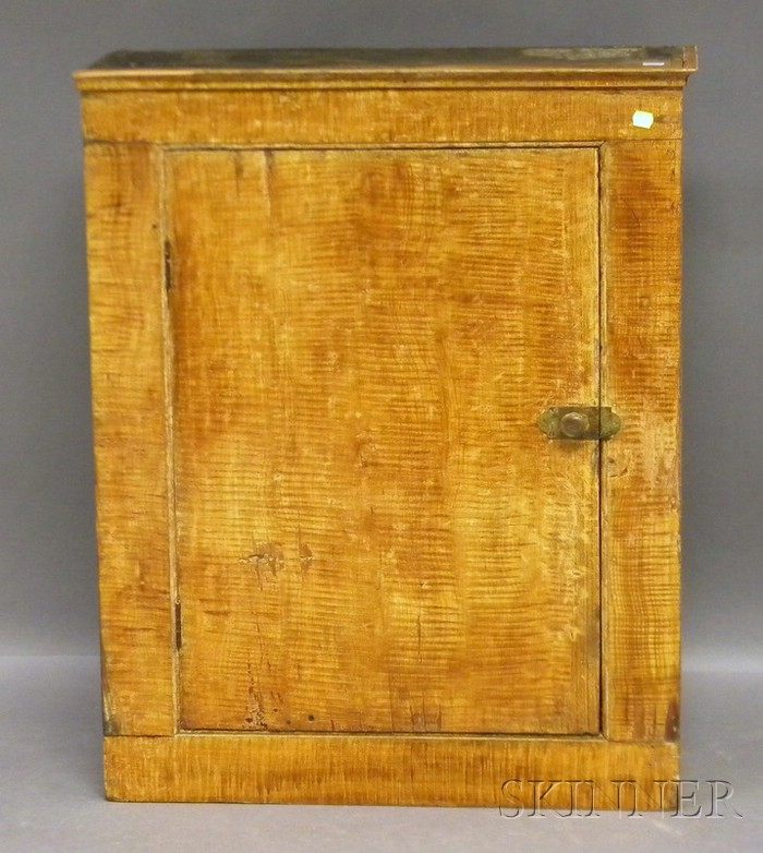 Tiger Maple Grain Painted Wooden Cupboard