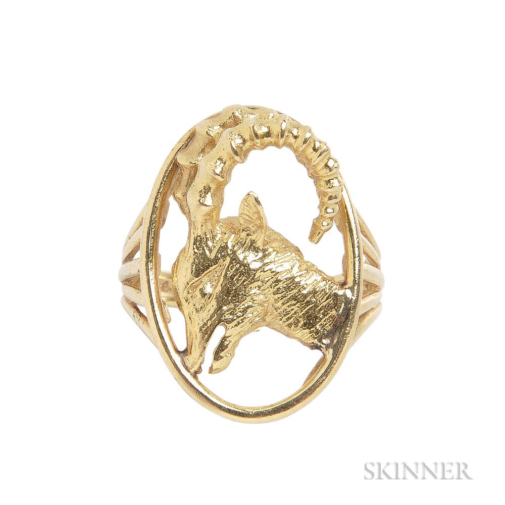 18kt Gold Capricorn Ring