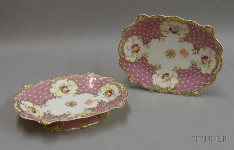 Pair of Pink Grand Porcelain Dishes