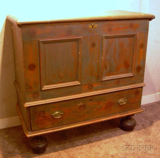 Long Island Painted Blanket Chest over Long Drawer