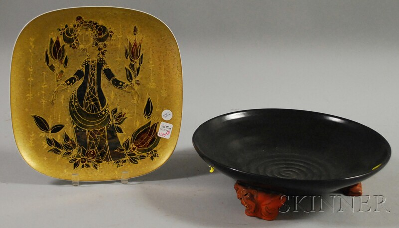 Bjorn Wiinblad/Rosenthal Studio-linie Gilt Porcelain Footed Center Plate, ht. 1 3/4, wd. 12 in.