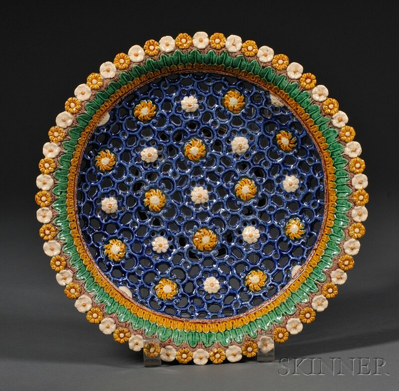 Georges Pull Reticulated Barbotine Dish