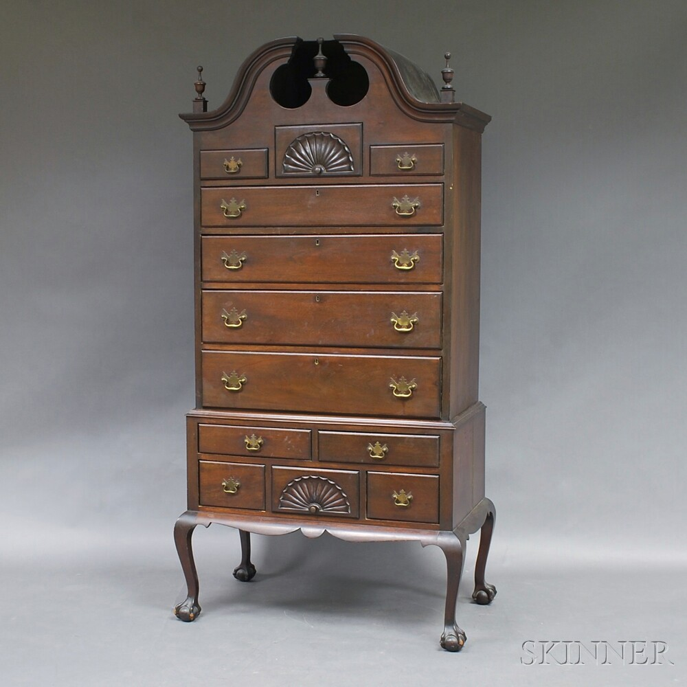 Chippendale-style Mahogany Bonnet-top High Chest