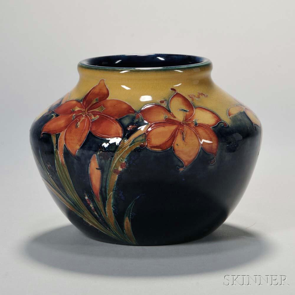 Moorcroft Freesia Design Vase Sale Number 2940B Lot