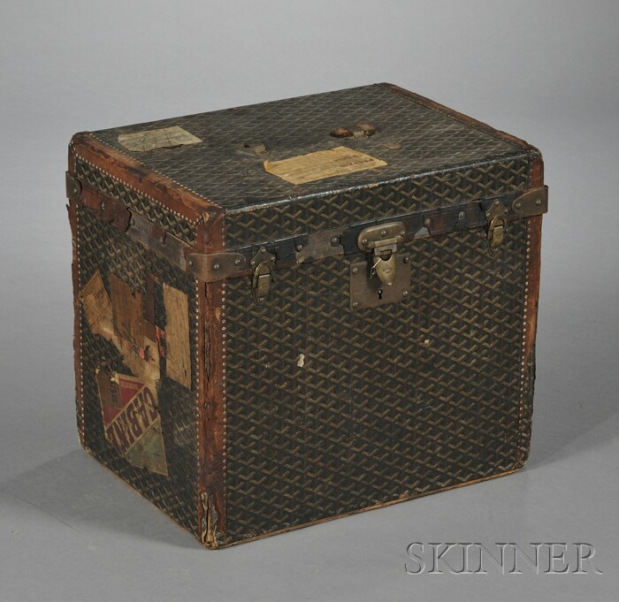 Small Goyard Cloth- and Leather-bound Trunk