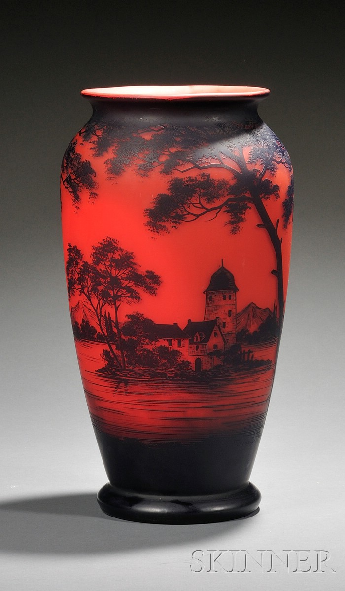 Richard Cameo Glass Vase