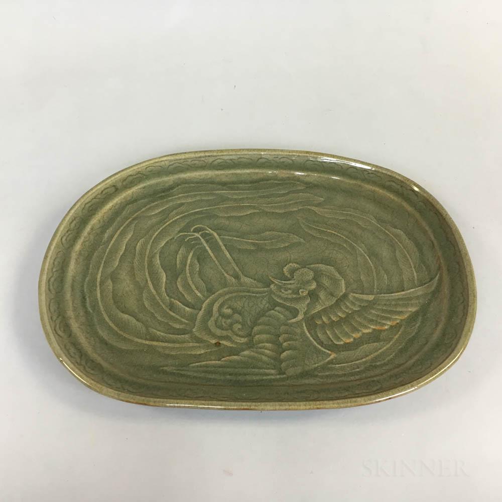 Large Longquan-style Celadon-glazed Dish