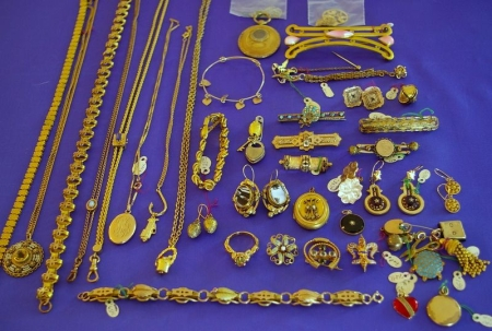Group of Gilt and Metal Jewelry Items