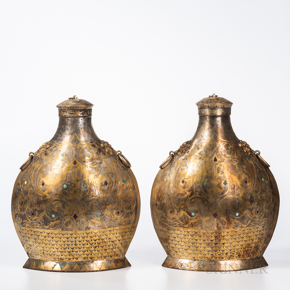 Pair of Archaic-style Gilt-metal Ritual Jars and Covers