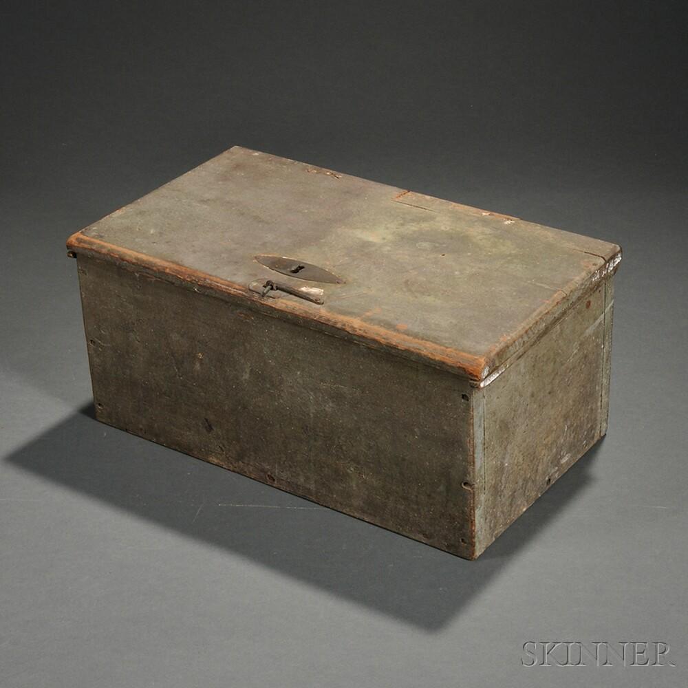 Green/gray-painted Storage Box