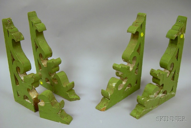 Set of Four Green-painted Victorian Architectural Wooden Scroll Brackets