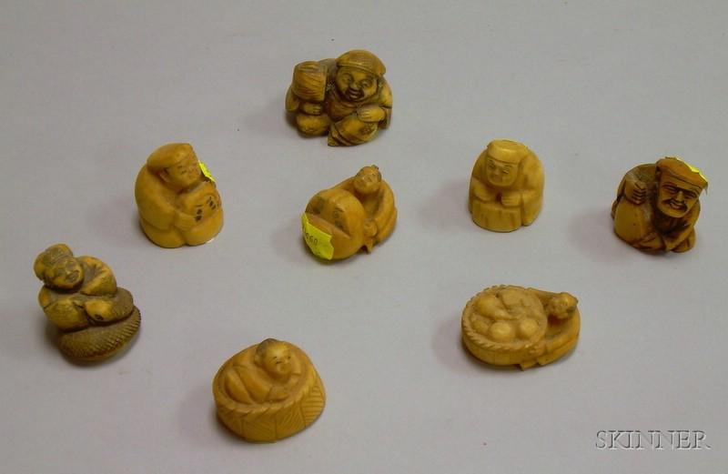 Eight Japanese Carved Ivory Netsuke.