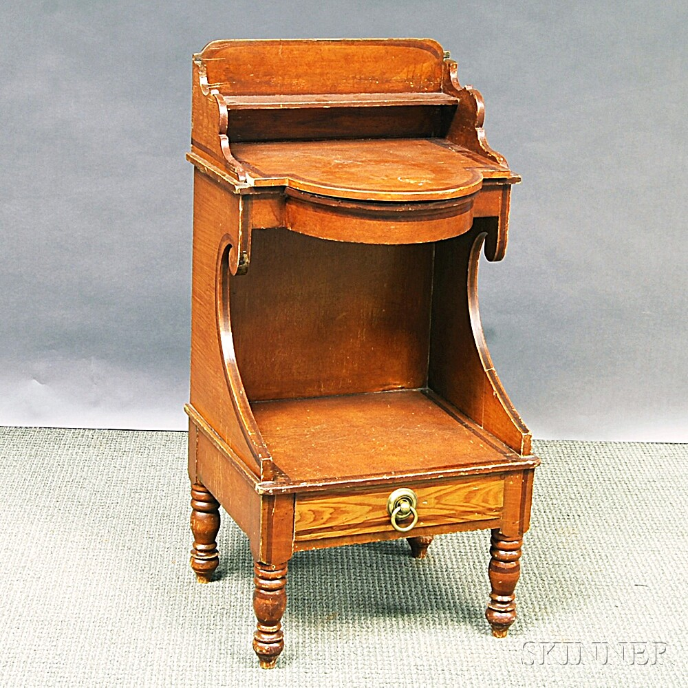 Federal Grain-painted Chamberstand