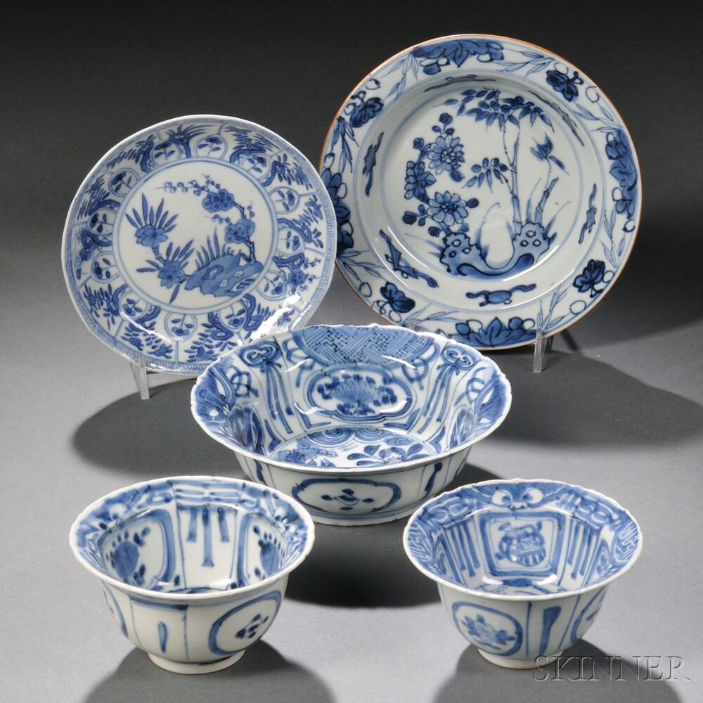 Five Blue and White Tableware Items