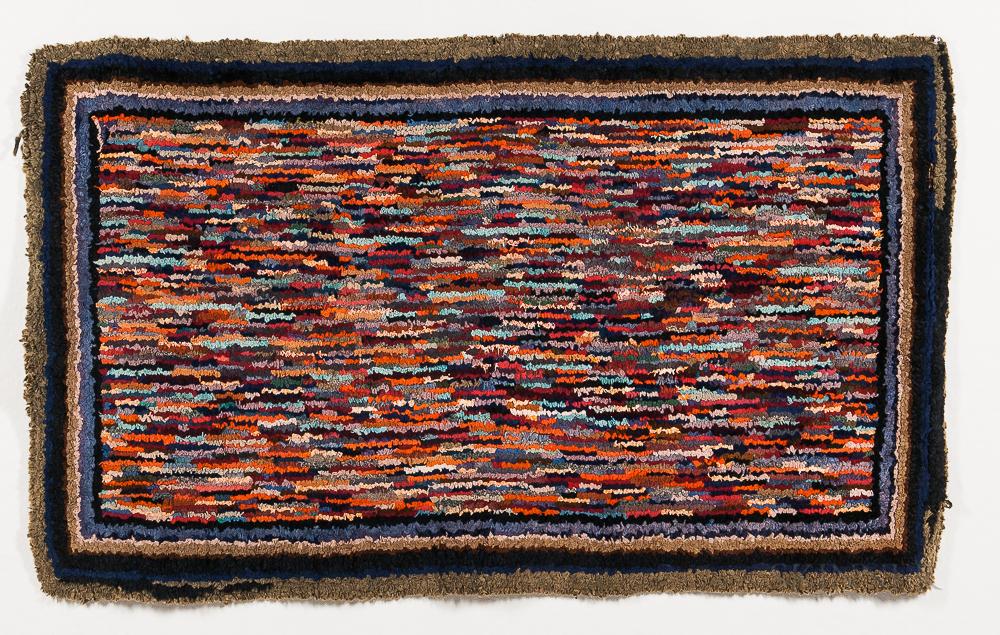 Linear Pattern Shirred Rug