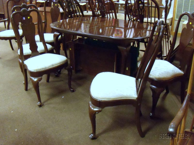 Ethan Allen Queen Anne Style Oval Carved Walnut Dining Table And Six Dining C