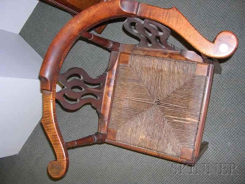 Chippendale Tiger Maple, Sycamore and Birch Roundabout Chair