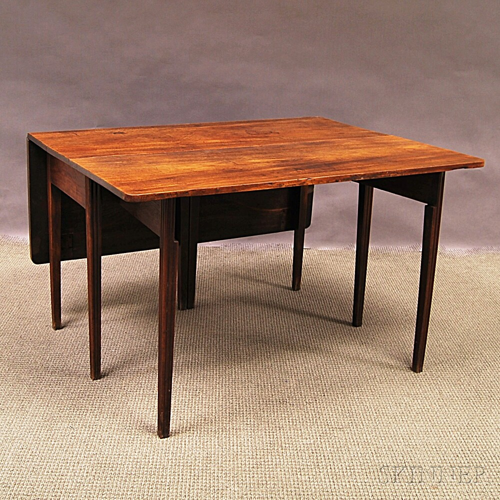 Chippendale Mahogany Drop-leaf Dining Table
