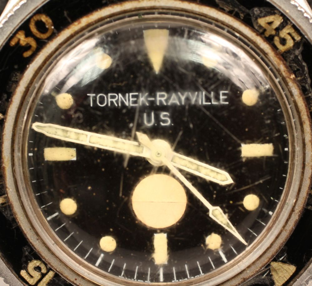 Tornek-Rayville TR-900 Dive Watch