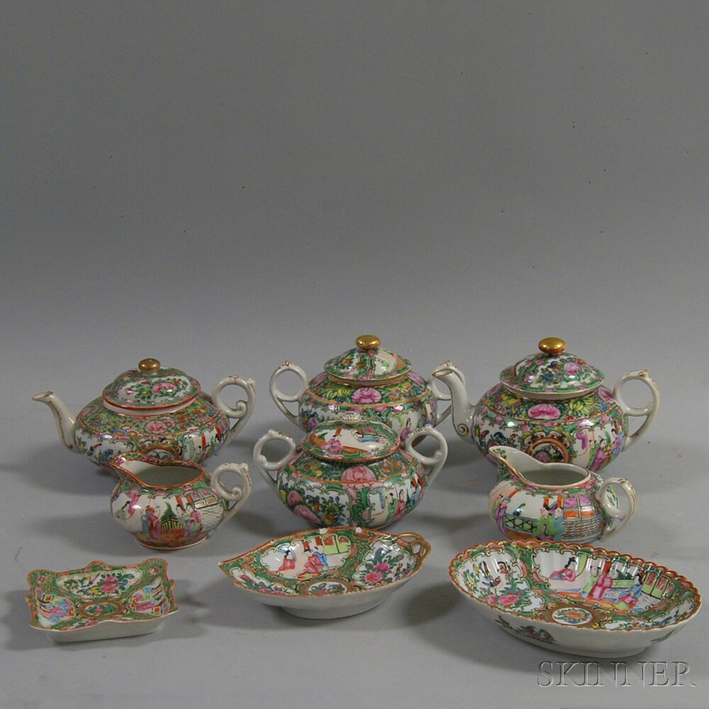 Group of Chinese Rose Medallion Teapots and Decorative Items