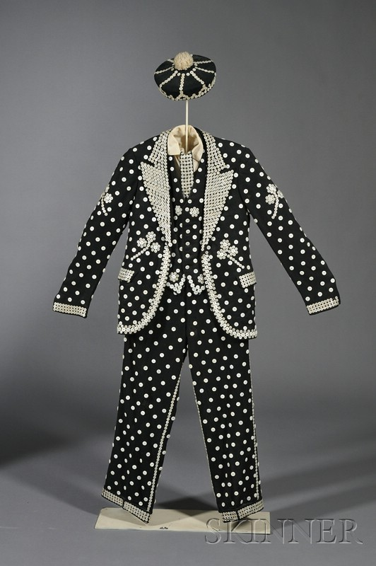 """Cockney """"Pearly"""" Button Costume"""