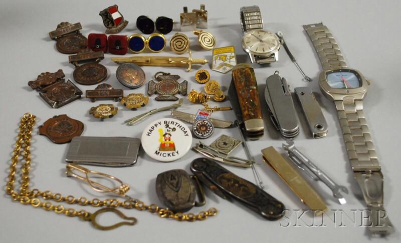 Group of Gentleman's Items