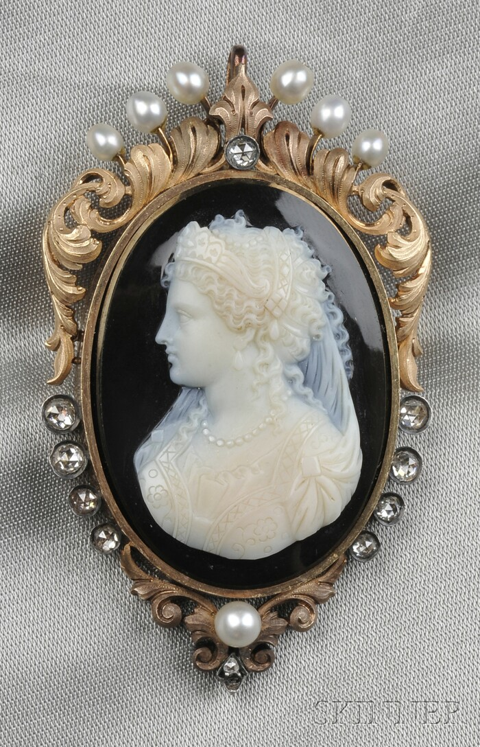 Antique 18kt Gold, Hardstone Cameo, and Diamond Pendant/Brooch