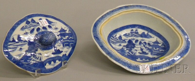 Chinese Export Canton Porcelain Covered Vegetable Dish