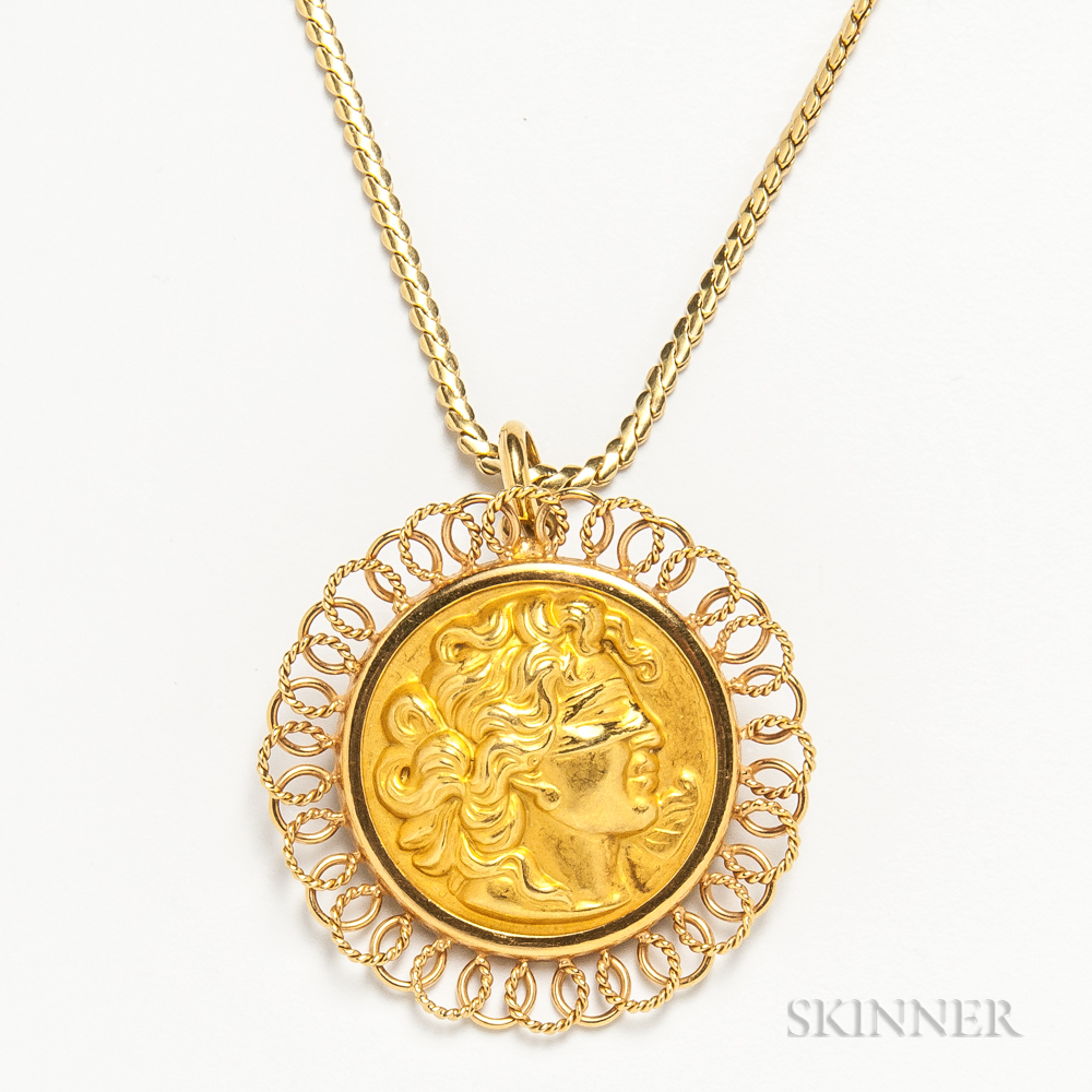 18kt Gold Justice Pendant/Brooch and Chain