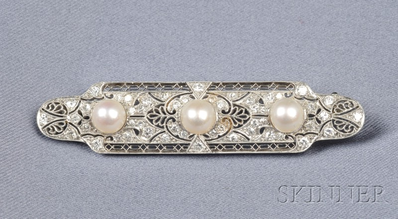 Art Deco Platinum, Pearl, and Diamond Bar Pin