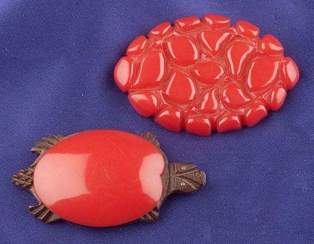 Bakelite and Wood Turtle Brooch