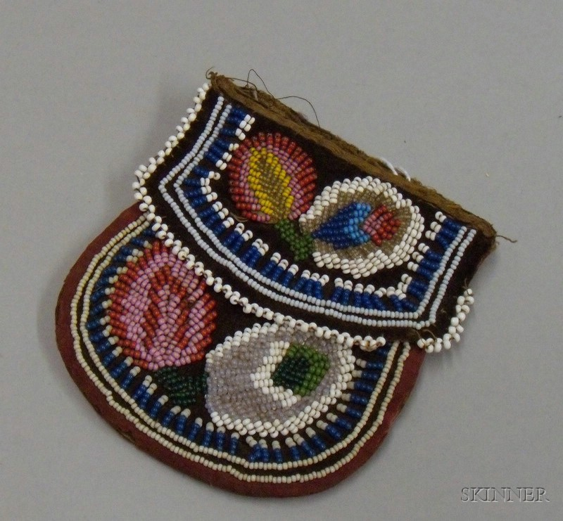 Native American Northeast Bead Cloth Pouch.