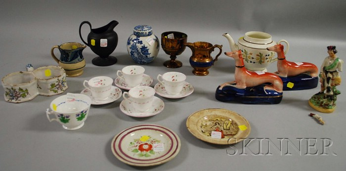 Twenty-one Assorted English and Continental Ceramic Items